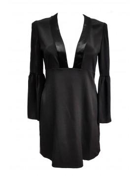 Jill Stuart kvaliteetsest ja luksuslikult materjalist langev kleit. laienevad varrukad